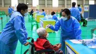 곡성군, 75세 이상 어르신 백신 접종 순조롭게 진행 중
